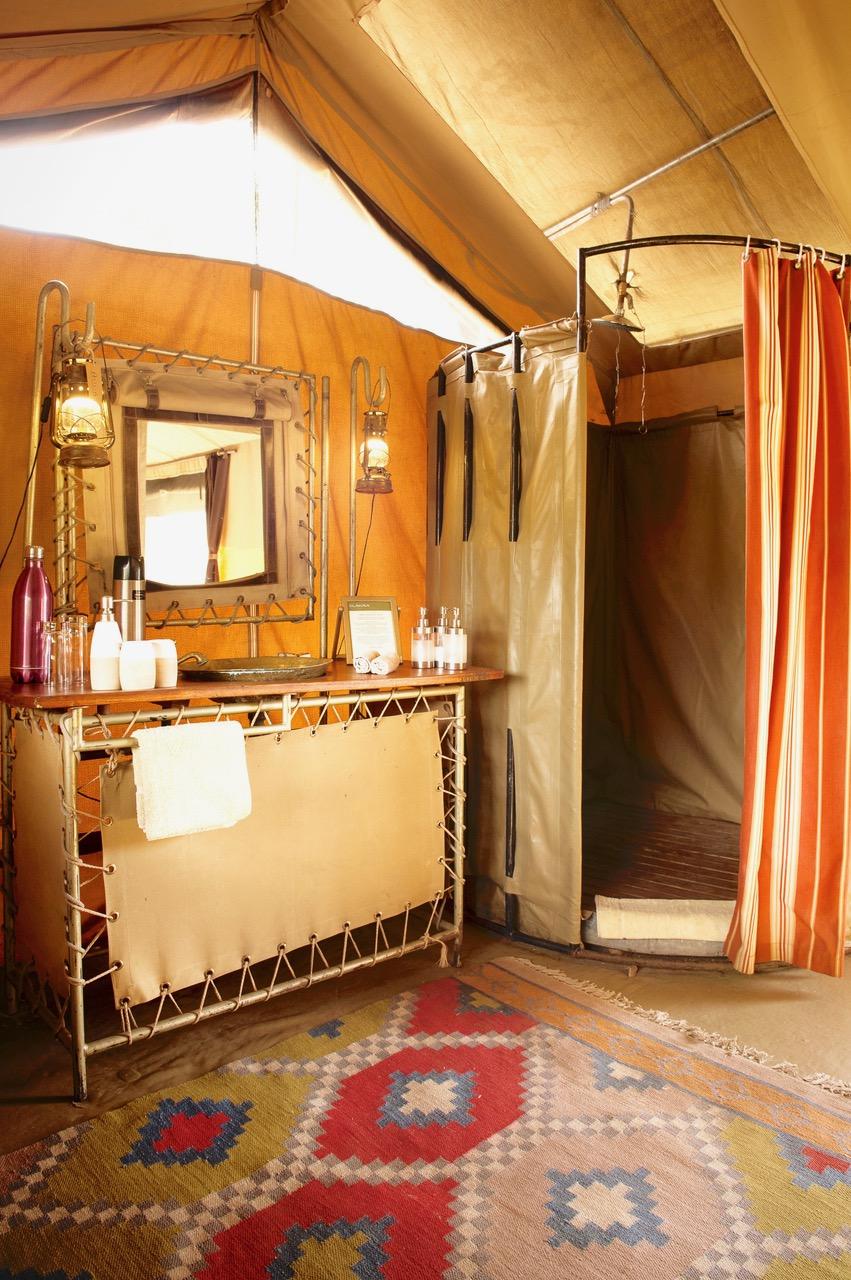 Olakira Camp Guest Bathroom Interior Eliza Deacon MR