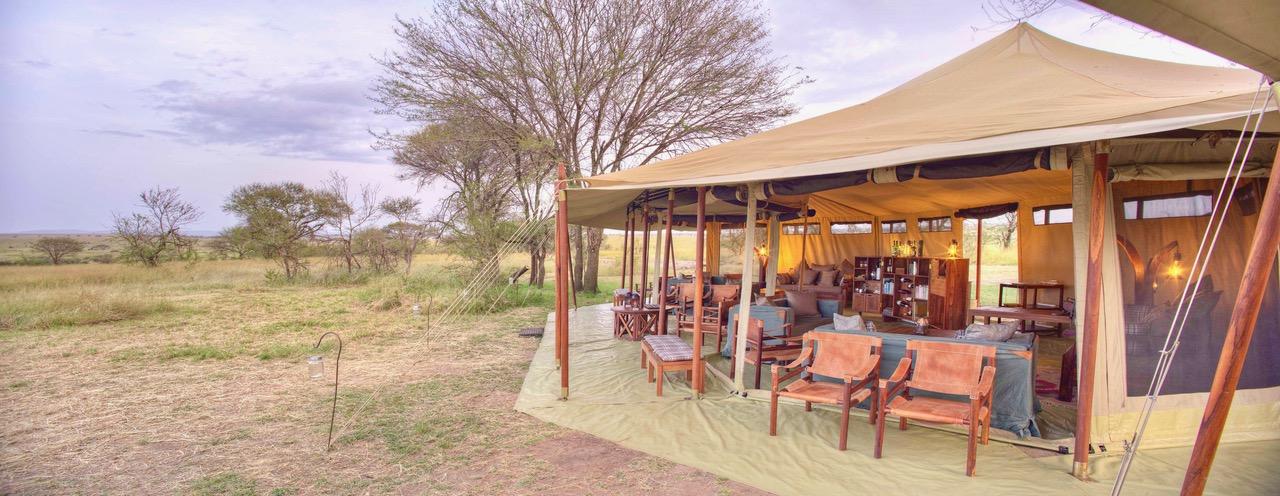 Olakira Mess Tent Exterior