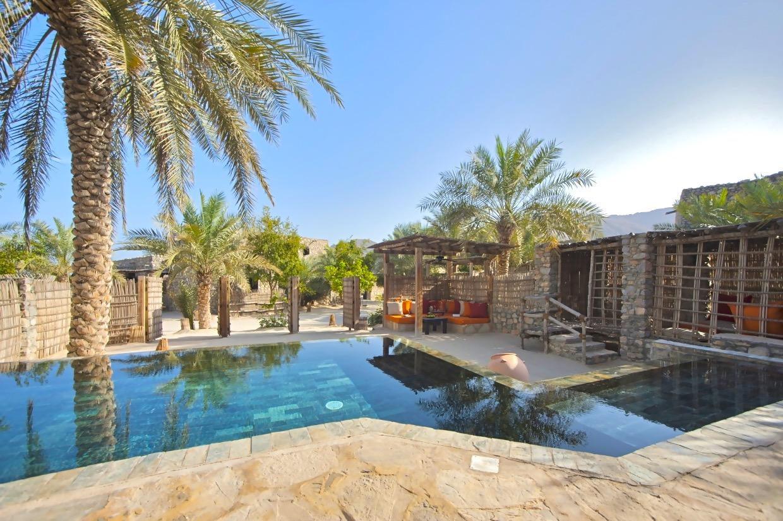 Zighy Pool Villa Exterior [5183 LARGE] (1)