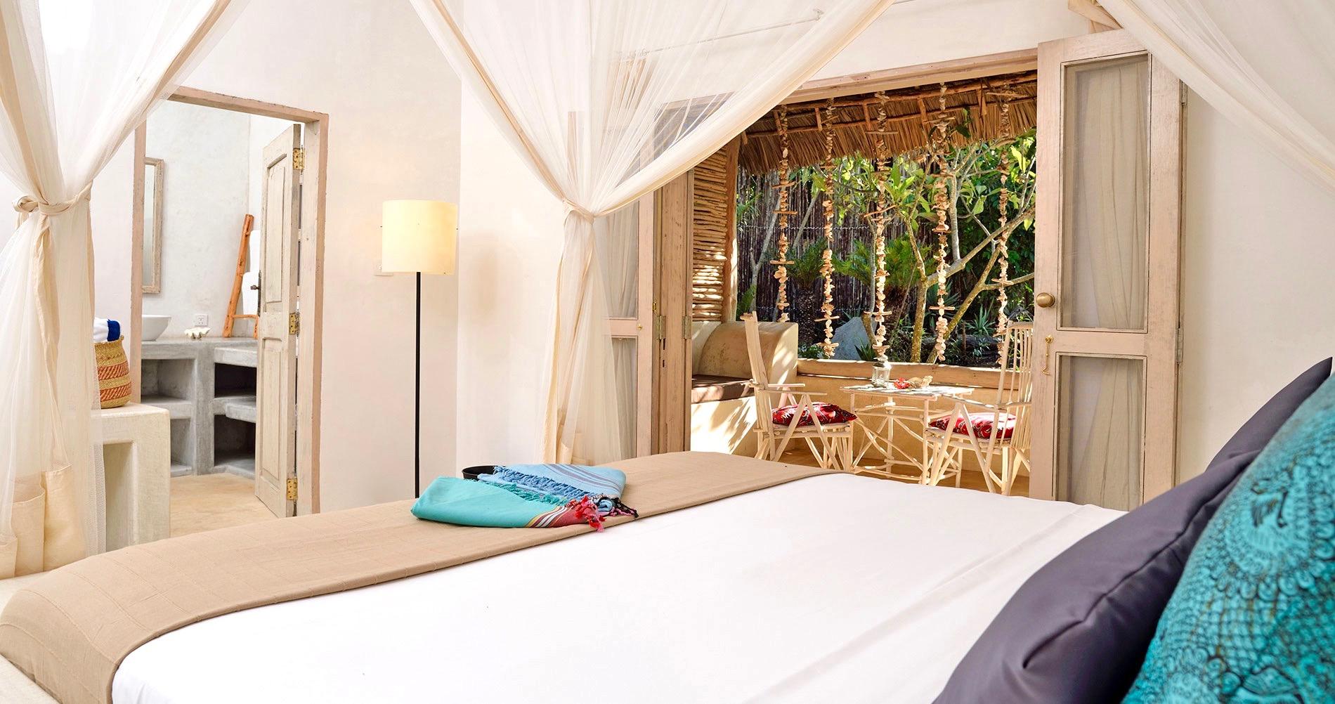 57065246ec5e39dd6b688de8 Sharazad Room Zanzibar Villas 2