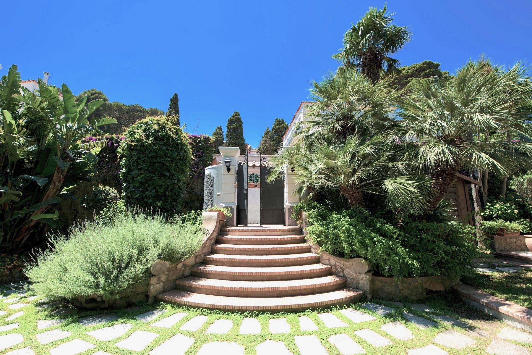 1.3 Villa Piazzetta Entry