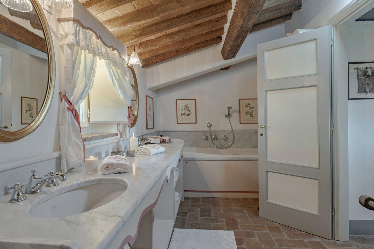 Villa Lucca Incanto 12