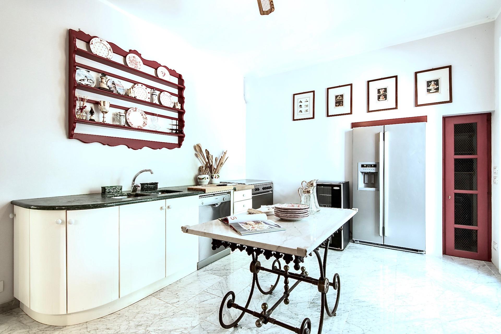 Kitchen 120