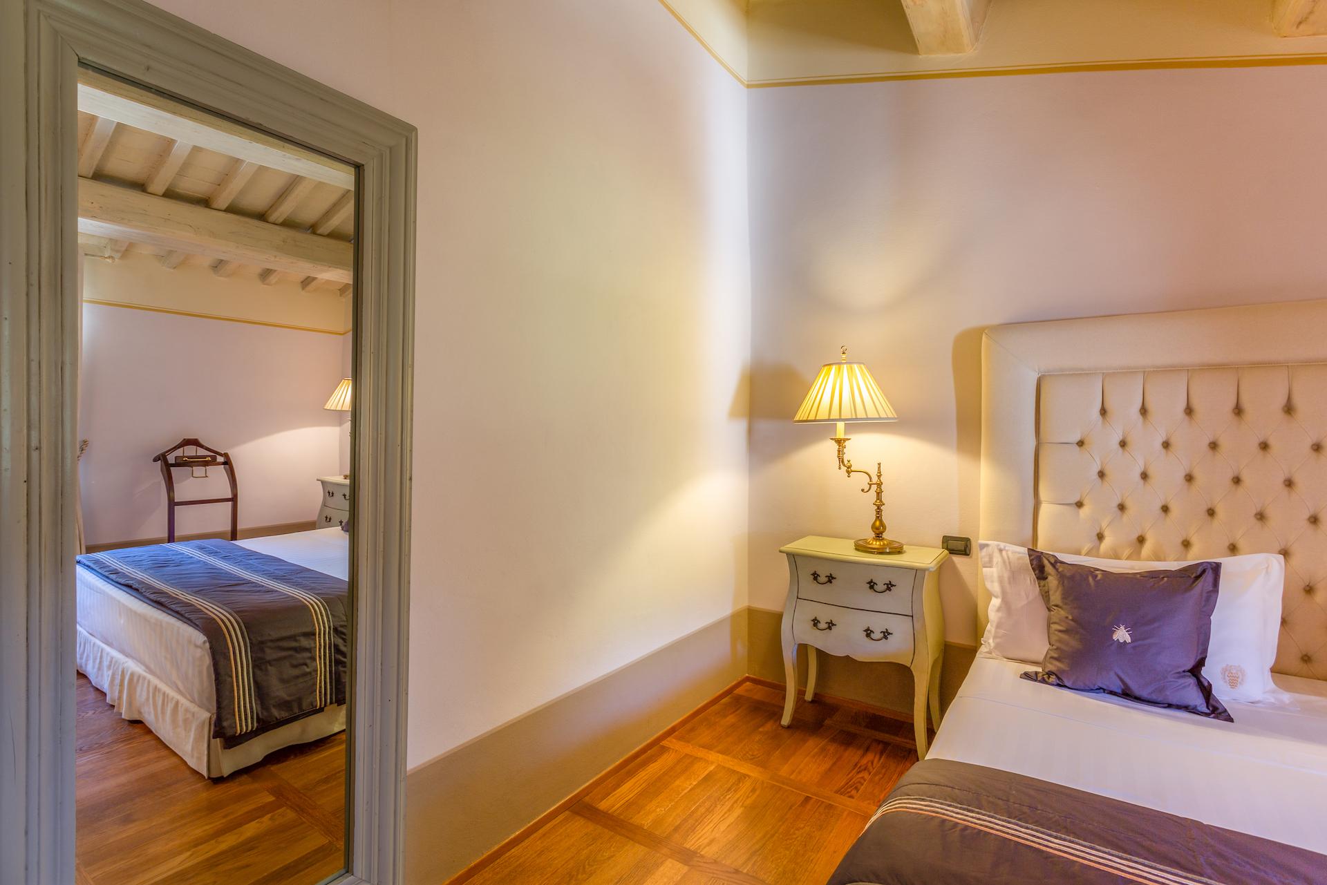 Bedroom1 1786