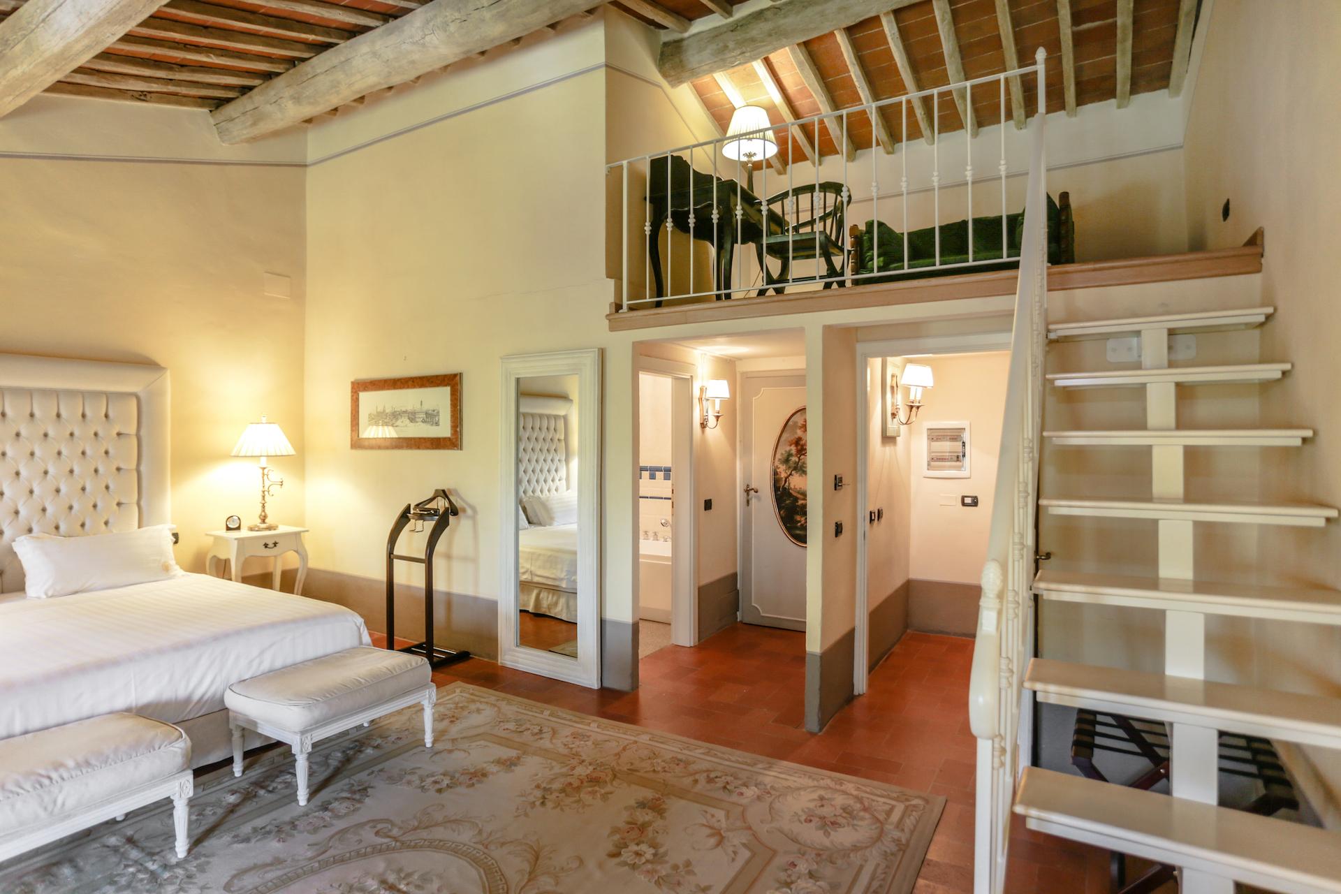 Villa Bedroom4 9