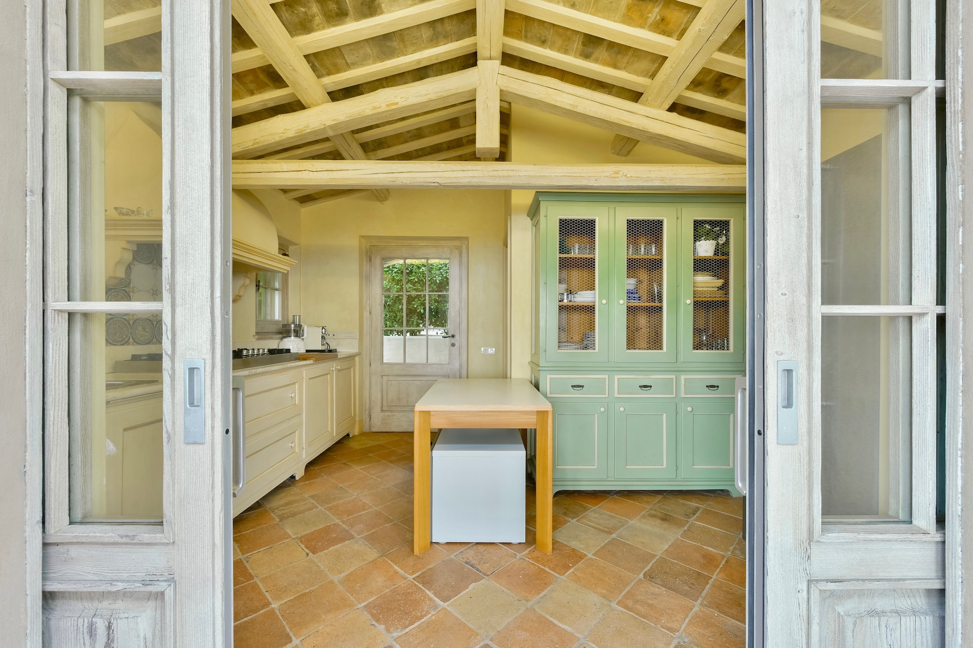 Kitchen2 1