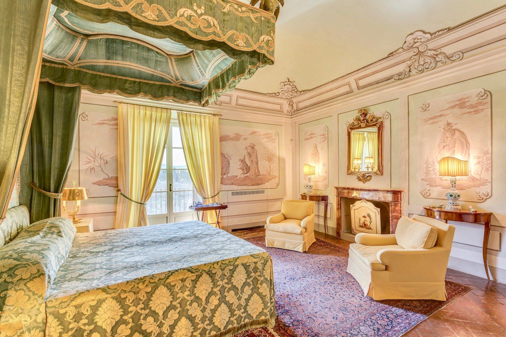 35.The Oriental Bedroom