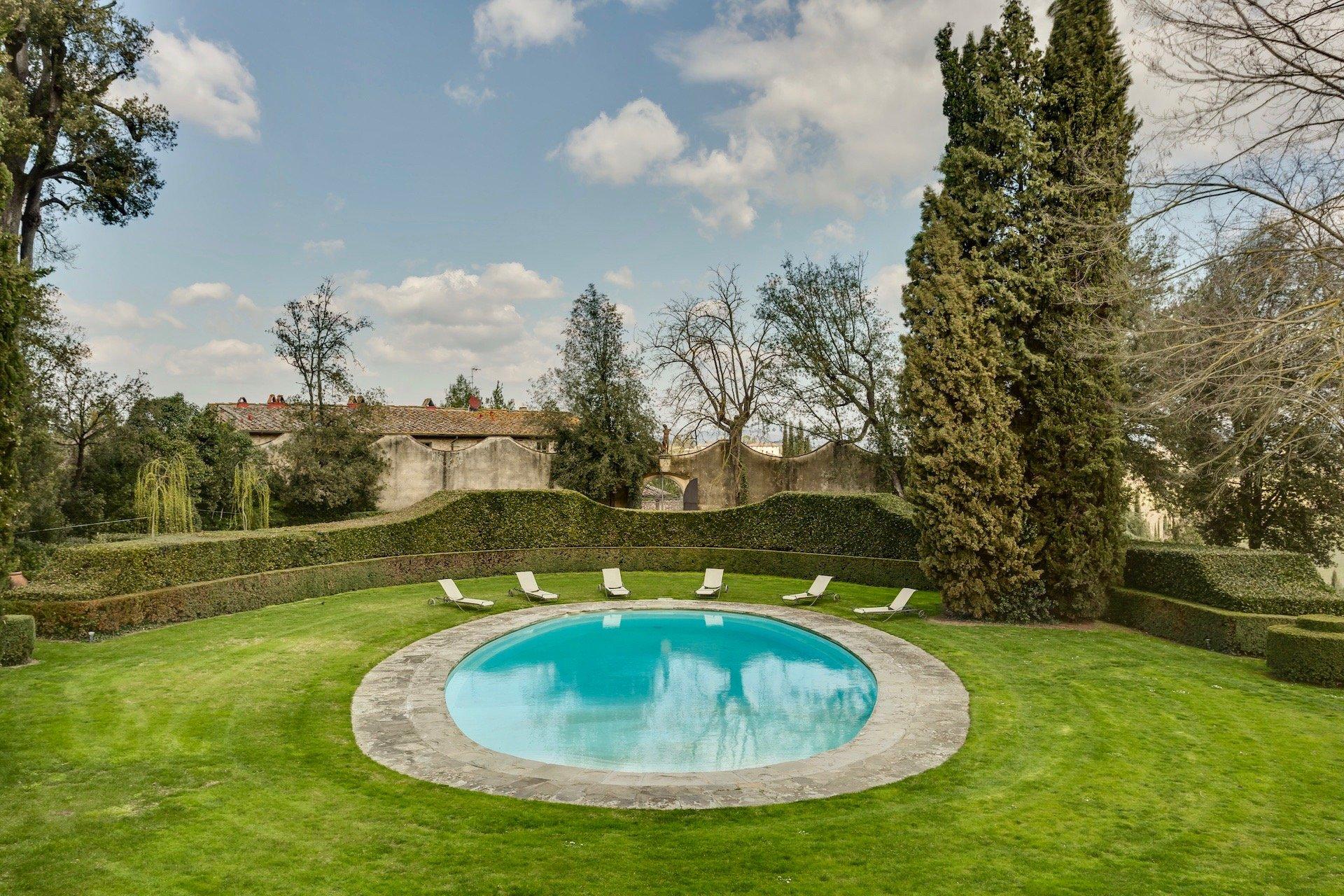 48.The Swimming Pool